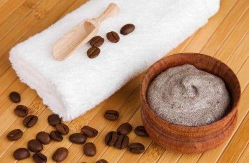 Aloe vera pour les vergetures : Aloe Vera et marc de café